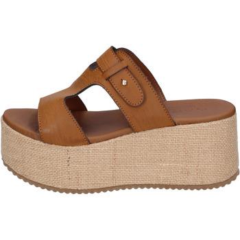 Cipők Női Papucsok Sara Collection Szandál BJ923 Barna