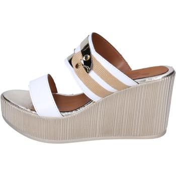 Cipők Női Papucsok Sara Collection Szandál BJ938 Fehér