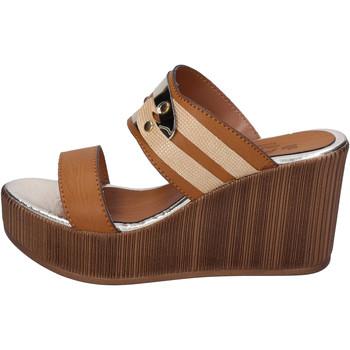Cipők Női Papucsok Sara Collection Szandál BJ939 Barna