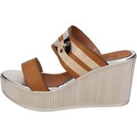 Cipők Női Papucsok Sara Collection Szandál BJ940 Barna