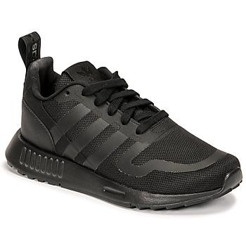 Cipők Fiú Rövid szárú edzőcipők adidas Originals MULTIX J Fekete