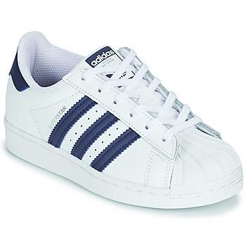 Cipők Gyerek Rövid szárú edzőcipők adidas Originals SUPERSTAR C Fehér / Kék