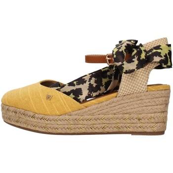 Cipők Női Szandálok / Saruk Wrangler WL11611A YELLOW