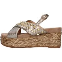 Cipők Női Szandálok / Saruk Alma Blue V21BL6506 BRONZE