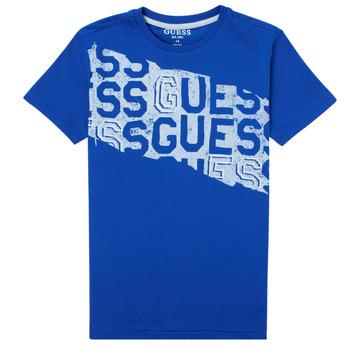 Ruhák Fiú Rövid ujjú pólók Guess LISTIN Kék