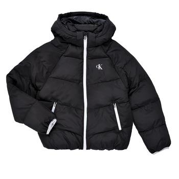 Ruhák Lány Steppelt kabátok Calvin Klein Jeans BRINIMA Fekete