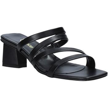 Cipők Női Szandálok / Saruk Grace Shoes 198004 Fekete
