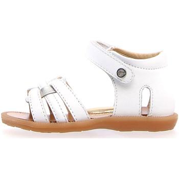 Cipők Lány Szandálok / Saruk Naturino 502330 01 Fehér