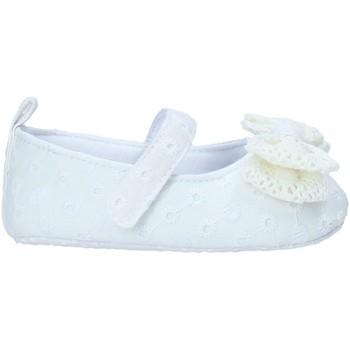 Cipők Lány Baba mamuszok Chicco 01063413000000 Fehér