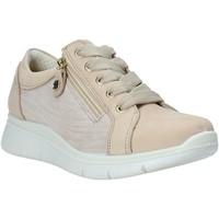 Cipők Női Rövid szárú edzőcipők Enval 7275022 Bézs