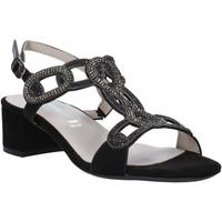 Cipők Női Szandálok / Saruk Valleverde 45140 Fekete