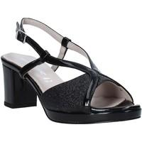 Cipők Női Szandálok / Saruk Valleverde 46373 Fekete