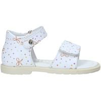 Cipők Lány Szandálok / Saruk Falcotto 502701 01 Fehér