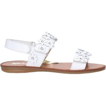Cipők Lány Szandálok / Saruk Naturino 502338 01 Fehér