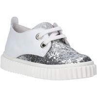 Cipők Gyerek Rövid szárú edzőcipők Naturino 2012458 01 Fehér