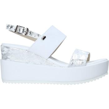 Cipők Női Szandálok / Saruk Valleverde 32437 Fehér