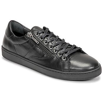 Cipők Női Rövid szárú edzőcipők Pataugas IRIS Fekete