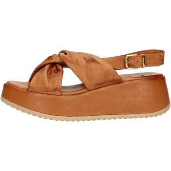 Cipők Női Szandálok / Saruk Inuovo 779005 Leather