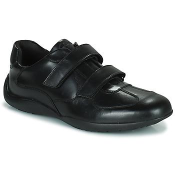 Cipők Férfi Oxford cipők Clarks KONRAD EASE Fekete