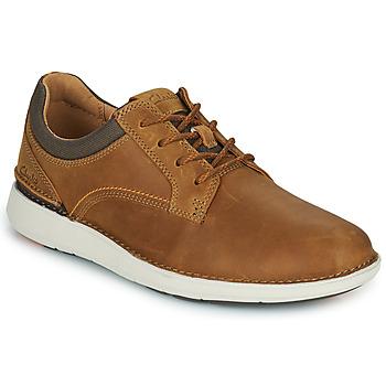 Cipők Férfi Oxford cipők Clarks LARVIK TIE Teve