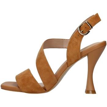 Cipők Női Szandálok / Saruk Luciano Barachini GL263R BROWN