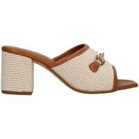 Cipők Női Papucsok Paola Ferri D7431 BEIGE