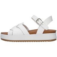 Cipők Női Szandálok / Saruk Inuovo 769006 WHITE