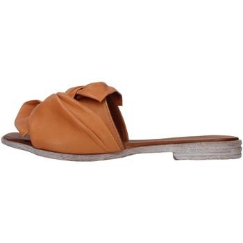 Cipők Női Papucsok Bueno Shoes 21WN5040 BROWN