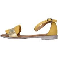 Cipők Női Szandálok / Saruk Bueno Shoes 21WN5021 YELLOW