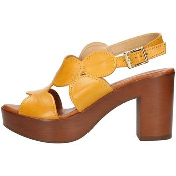Cipők Női Szandálok / Saruk Made In Italia 023 Citromsárga