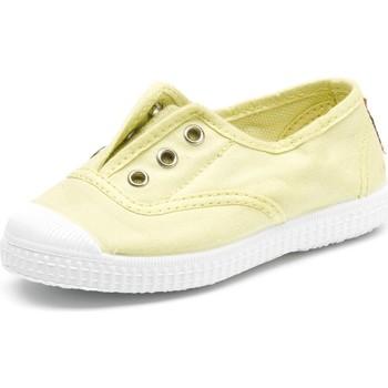 Cipők Gyerek Tenisz Cienta Chaussures en toiles  Tintado jaune pastel