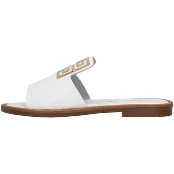Cipők Női Papucsok S.piero E2-021 WHITE