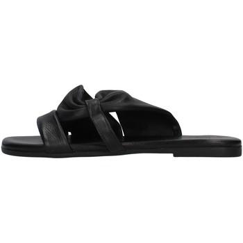 Cipők Női Papucsok Inuovo 447044 BLACK