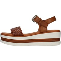 Cipők Női Szandálok / Saruk Pregunta PQ6605000 BROWN