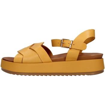 Cipők Női Szandálok / Saruk Inuovo 769006 YELLOW