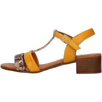 Cipők Női Szandálok / Saruk Melluso 018826 YELLOW