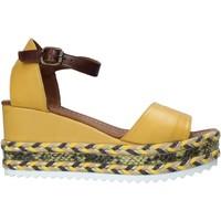 Cipők Női Szandálok / Saruk Bueno Shoes 21WQ6000 Sárga