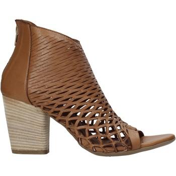 Cipők Női Szandálok / Saruk Bueno Shoes 21WL3700 Barna