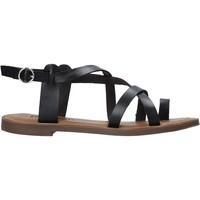 Cipők Női Szandálok / Saruk Refresh 72655 Fekete