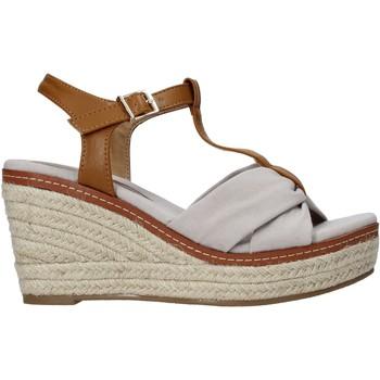 Cipők Női Szandálok / Saruk Refresh 72878 Bézs
