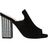 Cipők Női Szandálok / Saruk Carmens Padova 41489 Fekete