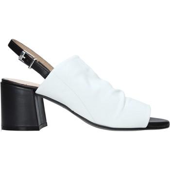 Cipők Női Szandálok / Saruk Carmens Padova 45416 Fehér