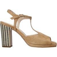 Cipők Női Szandálok / Saruk Carmens Padova 45085 Barna