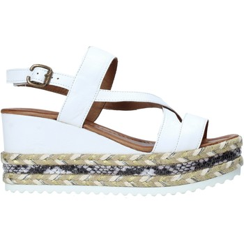 Cipők Női Szandálok / Saruk Bueno Shoes 21WQ6002 Fehér