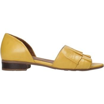 Cipők Női Szandálok / Saruk Bueno Shoes 21WN5100 Sárga