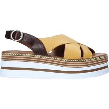 Cipők Női Szandálok / Saruk Bueno Shoes 21WS5704 Sárga
