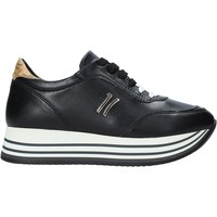 Cipők Női Rövid szárú edzőcipők Alviero Martini P181 201C Fekete