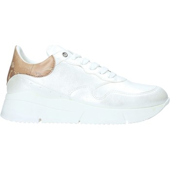 Cipők Női Rövid szárú edzőcipők Alviero Martini P947 506A Fehér