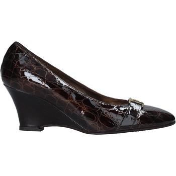 Cipők Női Félcipők Confort 7558 Barna