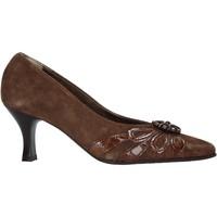 Cipők Női Félcipők Confort 6260 Barna